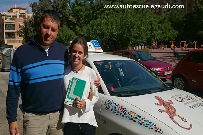 autoescuela-gaudi-ana-nacho
